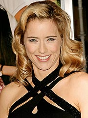 Tea Leoni: Sexy in Sneakers?