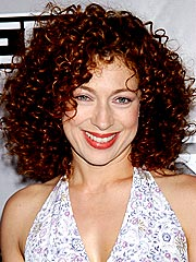 Alex Kingston leave er