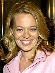Jeri Ryan's Sex Claims Dog Ex-Husband