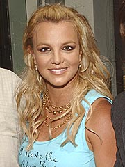 Britney Throws a Tag Sale