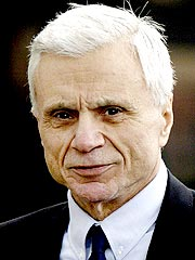 Robert Blake Removed from Court in Tears