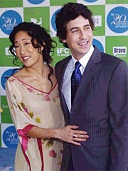 Sandra Oh Files for Divorce from Husband