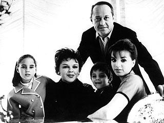 Liza Minnelli's Producer-Stepfather Dies : People.com