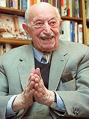 Famed Nazi Hunter Simon Wiesenthal Dies