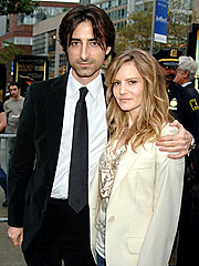 Jennifer Jason Leigh, Director Baumbach Wed