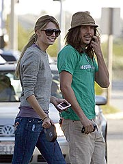 Mischa Barton, Cisco Adler Break Up
