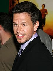 Wahlberg, DiCaprio Turn Out at Film Critics&#39; Awards