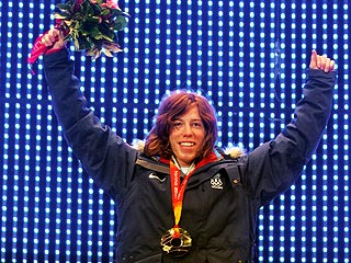 'Flying Tomato' Snowboarder Wins Gold