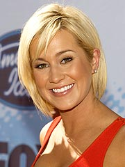 Kellie Pickler Kicks off a Career in Country
