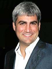 Taylor Hicks Makes Peace with Producer