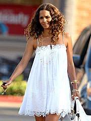 Halle Berry Makes Movie-After-Baby Plans