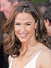 Jennifer Garner Answers Your Questions!