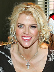 Nanny: Medicated Anna Nicole Smith Slept Two Days Straight