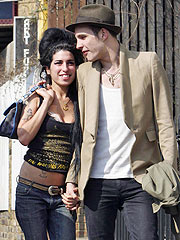 Singer Amy Winehouse Engaged