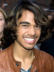 Sanjaya and Family Uprooting to Hollywood