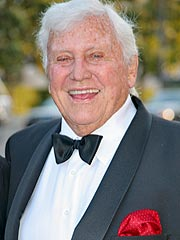 TV Mogul Merv Griffin Dies of Cancer at 82