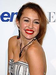 Miley Cyrus Pregnancy Rumor Is 'Completely Untrue'