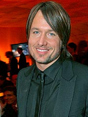 Keith Urban: Motorcycle Accident Caused by Paparazzi