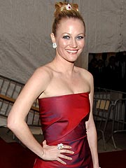 Pregnant Sarah Wynter 'Excited to Meet' Her Son