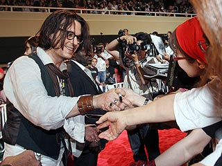 Johnny Depp Rates No. 1 at Autographs