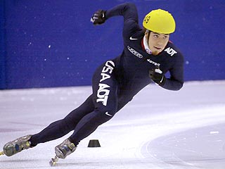 Apolo Ohno Set to Return to Competitive Skating