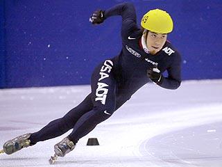 Apolo Ohno Set to Return to Competitive Skating - Apolo ...