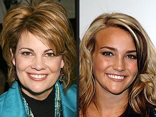 Ex-Teen Star Lisa Whelchel Supports Jamie Lynn
