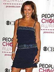 Vanessa Williams Heads Charitable Education Campaign