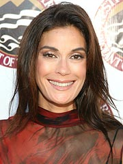 Teri Hatcher's Keys to Happiness (Correction)