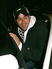 Enrique Iglesias Survives Air-Scare Incident