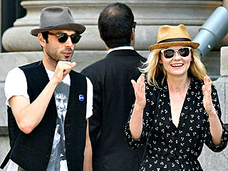 Kirsten Dunst Spends Summer in N.Y.C. – with a New Guy