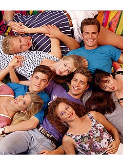 The CW Fast Tracks 90210Spinoff