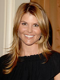 Beverly Hills, 90210 Update: Lori Loughlin Joins Cast