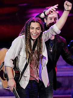 Idol: Jason Castro Waves&nbsp;Goodbye