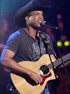 Coffey Leaves Nashville Star Week BeforeFinale
