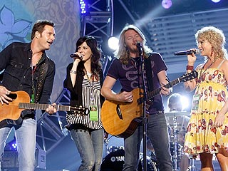 Little Big Town's Phillip & Rebecca Sweet Have a Daughter