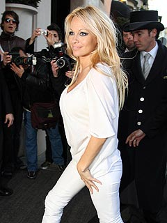 Pamela Anderson Now Seeking Annulment