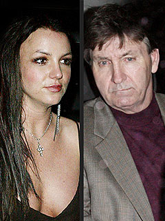 Britney's Dad Remains in Control of Her Affairs