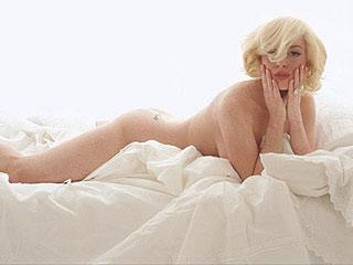 Lindsay Lohan Poses Nude – as Marilyn Monroe