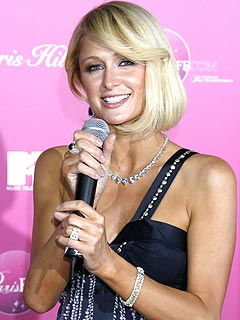 Paris Hilton Sets Record Straight on Her Address
