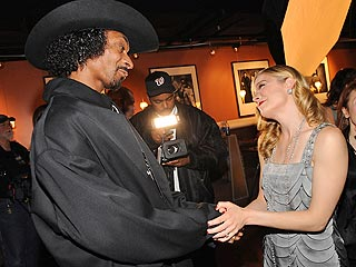 LeAnn Rimes Won't Rule Out a Duet with Snoop