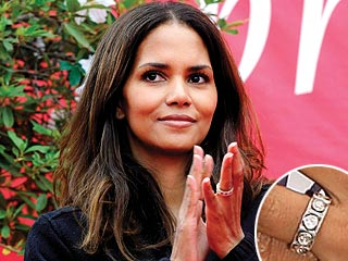 Halle Berry's Ring Explained (Hint: She's Not Engaged)