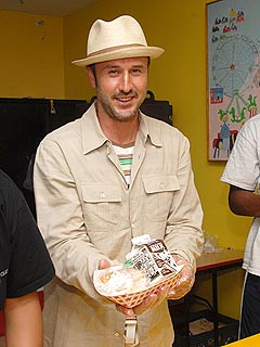 David Arquette: Coco Loves Broccoli!