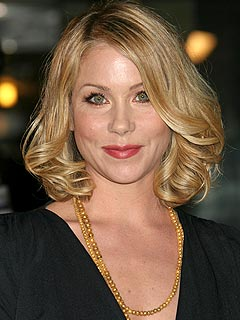 Christina Applegate Returns to Samantha Who? Set