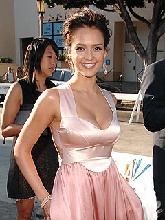 Jessica Alba's Body After Baby Secret: A Girdle