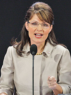 Sarah Palin Aims to Set Record Straight on Resignation