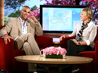 Ellen Plays Matchmaker to Shemar Moore & Jennifer Aniston