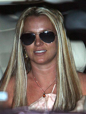 Britney Spears in Minor Highway Accident