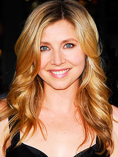 Scrubs's Sarah Chalke Becomes a Mom