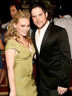 Hilary Duff Engaged to Hockey Player Beau